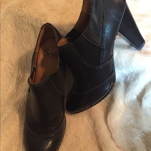 Sofft Shoes - Sofft Black Leather Shooties